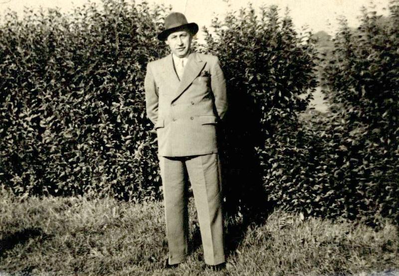 Mój dziadek Nikodem Kiewra, Bradford, Wielka Brytania, 1950.