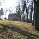 Wieża Dolna, plac po kościele