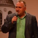 Być człowiekiem wizji – wywiad z pastorem Markiem Kiewrą