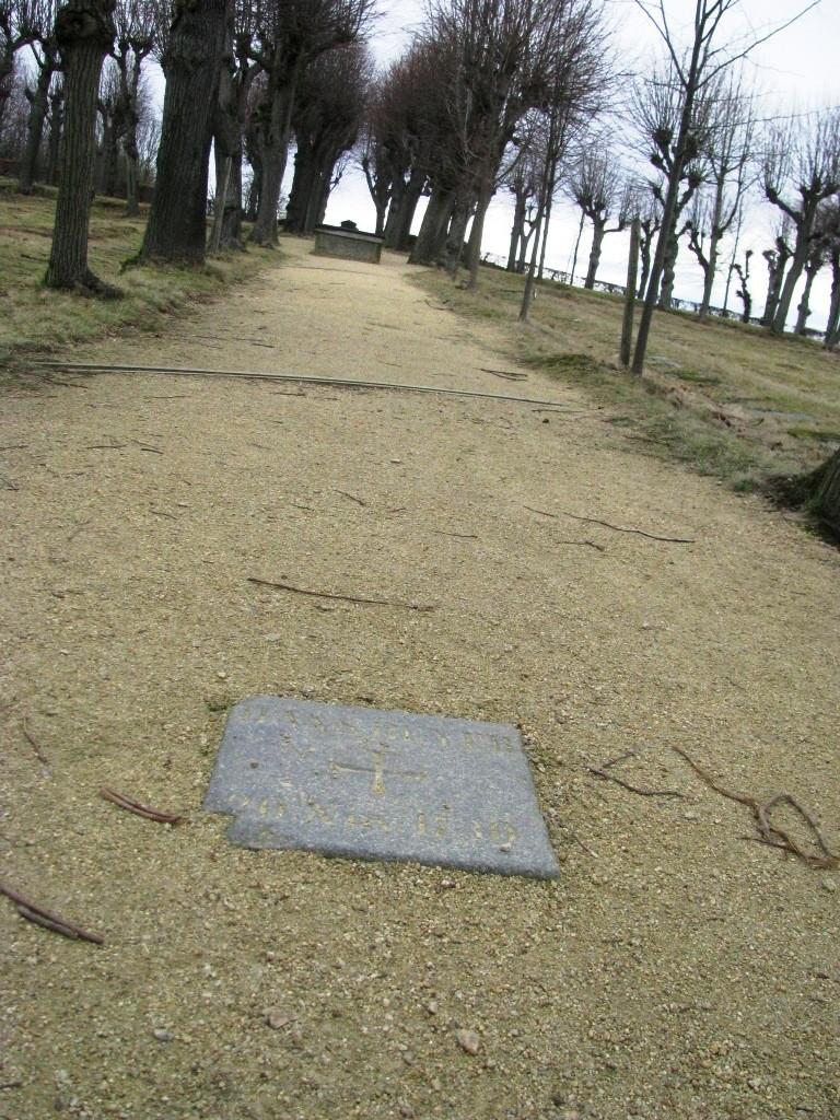 Pierwszy grób, Hans Beyer (zmarł 1730r).